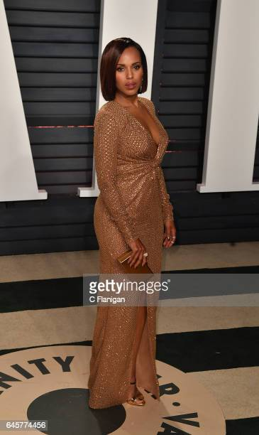 Kerry Washington attends the 2017 Vanity Fair Oscar Party Hosted by Graydon Carter at the Wallis Annenberg Center for the Performing Arts on February...