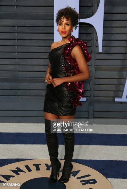 Kerry Washington attends the 2018 Vanity Fair Oscar Party following the 90th Academy Awards at The Wallis Annenberg Center for the Performing Arts in...