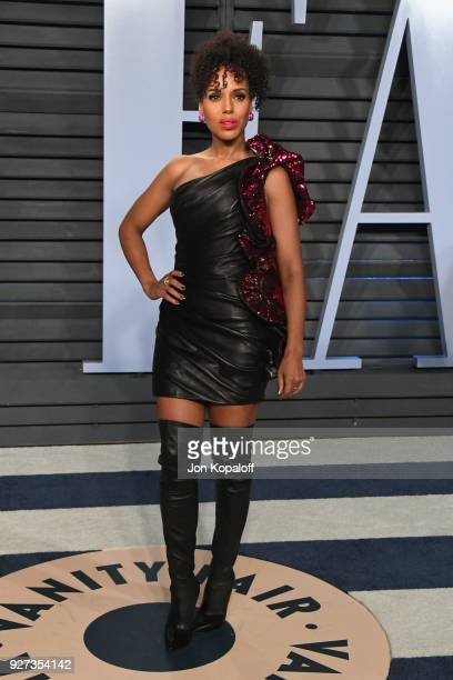 Kerry Washington attends the 2018 Vanity Fair Oscar Party hosted by Radhika Jones at Wallis Annenberg Center for the Performing Arts on March 4 2018...