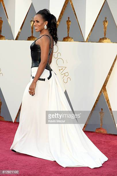 Kerry Washington attends the 88th Annual Academy Awards at Hollywood & Highland Center on February 28, 2016 in Hollywood, California.