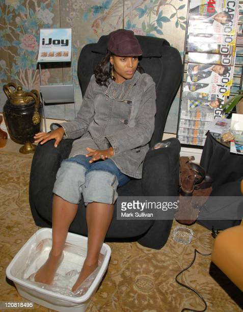 Kerry Washington in iJoy at Rescue Hand Foot Spa