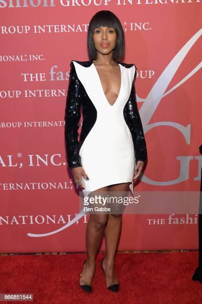 Kerry Washington receives the Lord Taylor Fashion Oracle Award at FGI Night Of Stars alongside Liz Rodbell at Cipriani Wall Street on October 26 2017...
