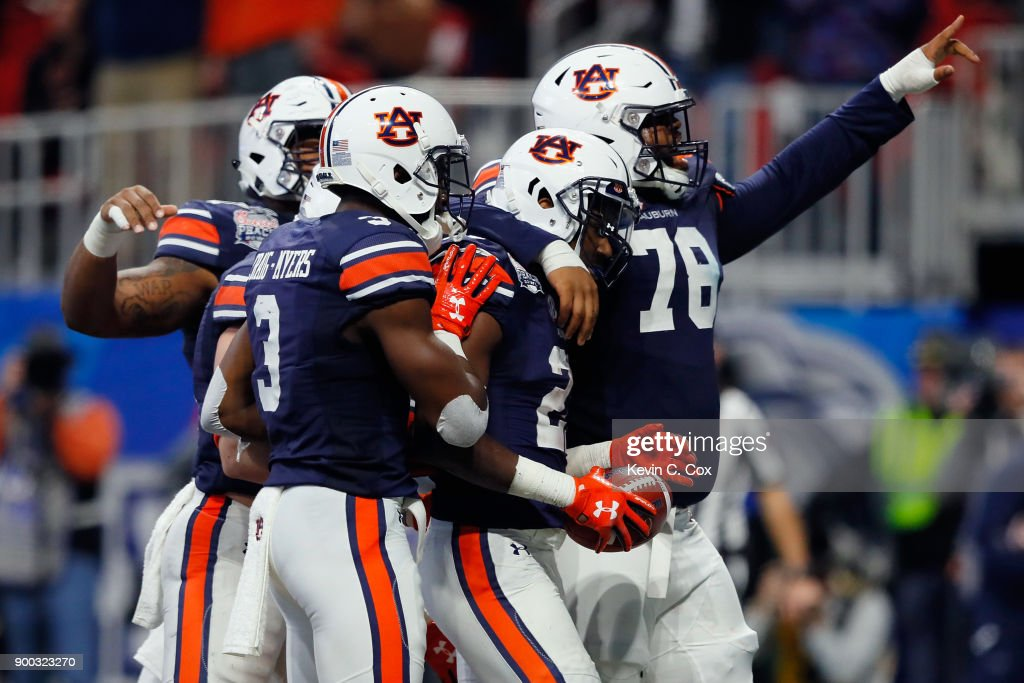 Chick-fil-A Peach Bowl - Auburn v Central Florida : News Photo