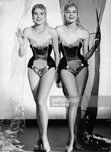 KesslerTwins Actresses Dancers Germany * Scene from the movie 'Der Graf von Luxemburg' Directed by Werner Jacobs West Germany 1957 Produced by CCC...