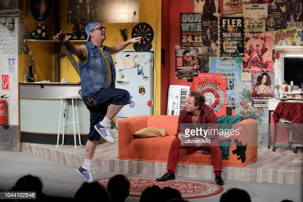 Ketten der Liebe Komödie von Tom Gerhardt und Franz Krause gastiert vom 15 Februar bis 29 April 2018 im Theater am Dom in Köln Tom Gerhardt als...