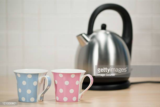 Kettle and tea cups