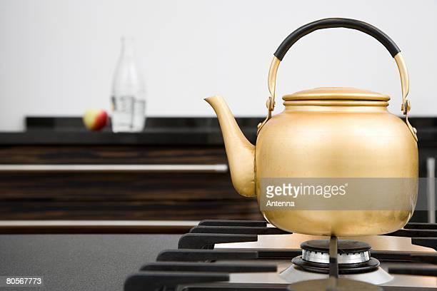 A kettle on a hob