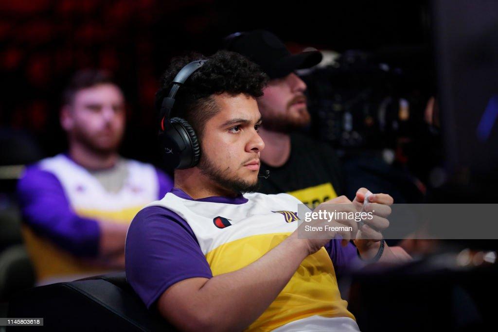 NY: Raptors Uprising Gaming Crew v Lakers Gaming