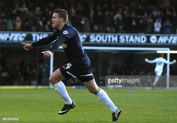 Kevan Hurst of Southend United celebrates scoring the opening goal during the Sky Bet League Two match between Southend United and York City at Roots...