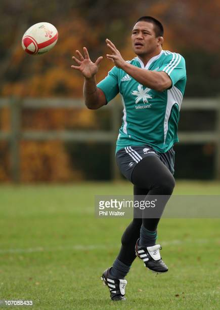 Keven Mealamu of the All Blacks passes the ball during a New Zealand All Blacks Training Session at the University of Bath on November 23 2010 in...