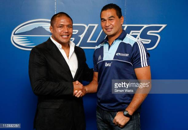 Keven Mealamu of the Blues poses with Blues coach Pat Lam after announcing a multiyear contract with the NZRU during a New Zealand All Blacks press...