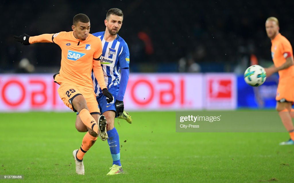 Kevin Akpoguma of the TSG 1899 Hoffenheim and Vedad Ibisevic of Hertha BSC during the game between Hertha BSC and TSG Hoffenheim on february 3, 2018 in Berlin, Germany.