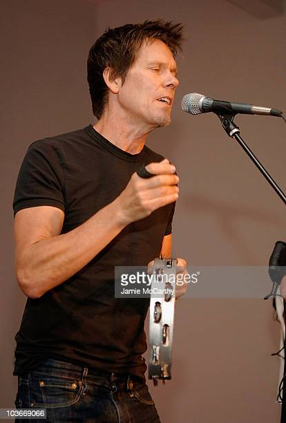 An Evening of Photography to benefit City Harvest at Skylight Studios on September 18 2008 in New York City
