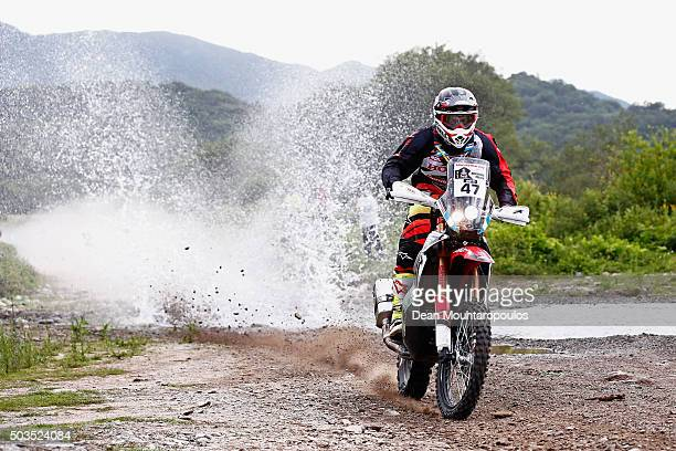 Kevin Benavides of Argentina riding on and for HONDA CRF450 RALLY HONDA SOUTH AMERICA RALLY TEAM competes on day three of the 2016 Dakar Rally...