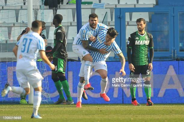 Kevin Bonifazi of SPAL celebrates after scoring the opening goal during the Serie A match between SPAL and US Sassuolo at Stadio Paolo Mazza on...