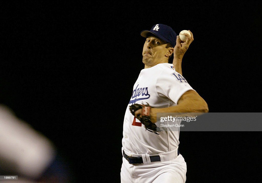 Kevin Brown #27 of the Los Angeles Dodgers pitches against the Atlanta Braves May 14, 2003 at Dodger Stadium in Los Angeles, California.