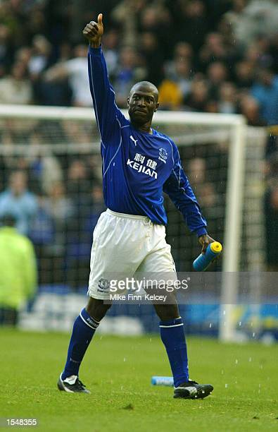 Kevin Campbell of Everton celebrates after the FA Barclaycard Premiership match between Everton and Arsenal at Goodison Park in Liverpool on October...