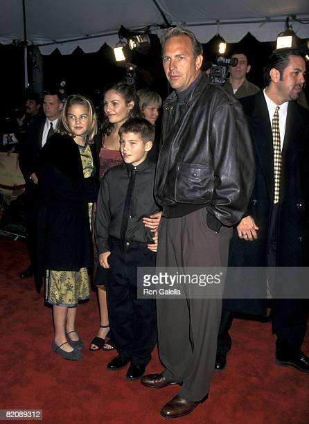 Kevin Costner Annie Costner Lily Costner and Joe Costner