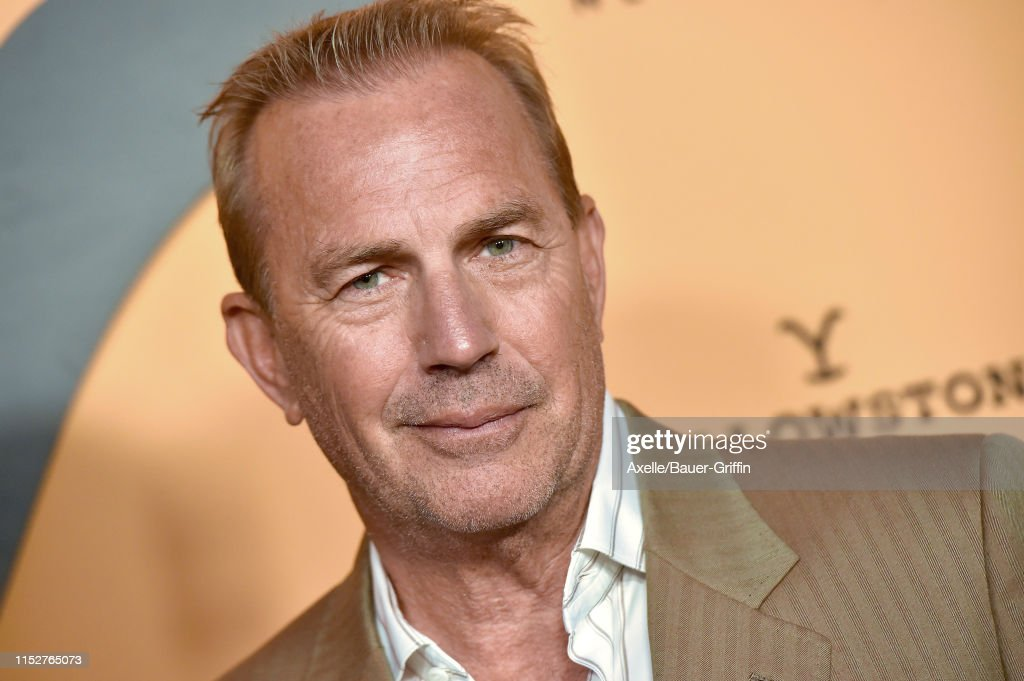 """Premiere Party For Paramount Network's """"Yellowstone"""" Season 2 - Arrivals : Nieuwsfoto's"""