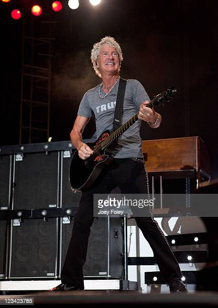 Kevin Cronin of REO Speedwagon performs onstage during the 16th Annual Rib America Festival Day 1 at Military Park on September 2 2011 in...