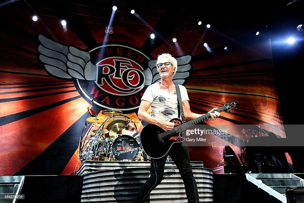 Chicago And REO Speedwagon In Concert - Cedar Park, TX