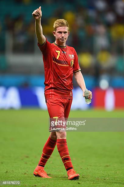 Kevin De Bruyne of Belgium acknowledges the fans after defeating the United States 21 in extra time in the 2014 FIFA World Cup Brazil Round of 16...