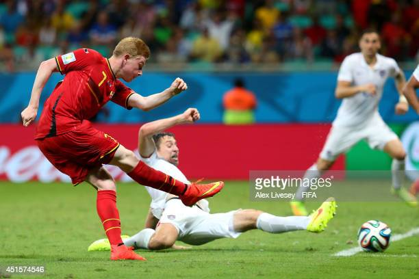 Kevin De Bruyne of Belgium scores his team's first goal during the 2014 FIFA World Cup Brazil Round of 16 match between Belgium and USA at Arena...