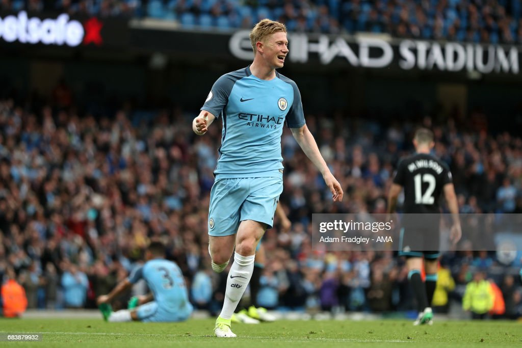 Kevin De Bruyne of Manchester City celebrates after scoring a goal to make it 2-0 during the Premier League match between Manchester City and West Bromwich Albion at Etihad Stadium on May 16, 2017 in Manchester, England.