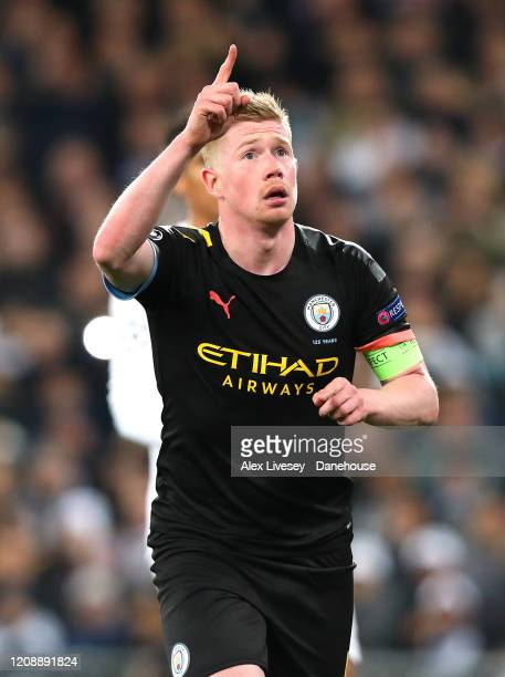 Kevin De Bruyne of Manchester City celebrates after scoring his goal during the UEFA Champions League round of 16 first leg match between Real Madrid...