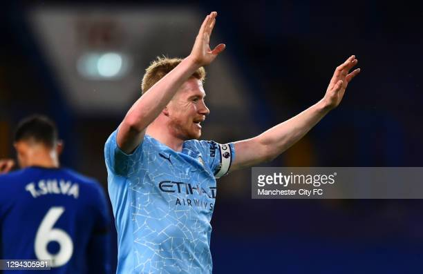 Kevin De Bruyne of Manchester City celebrates after scoring their sides third goal during the Premier League match between Chelsea and Manchester...