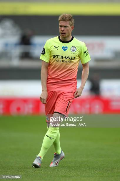 Kevin De Bruyne of Manchester City during the FA Cup Quarter Final match between Newcastle United and Manchester City at St James Park on June 28...