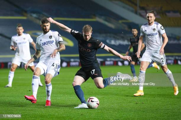 Kevin de Bruyne of Manchester City fires a shot at goal during the Premier League match between Leeds United and Manchester City at Elland Road on...