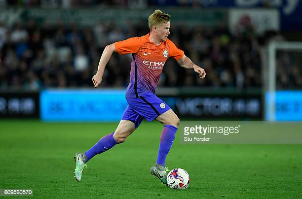 Kevin de Bruyne of Manchester City in action during the EFL Cup Third Round match between Swansea City and Manchester City at the Liberty Stadium on...