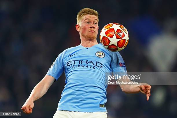 Kevin De Bruyne of Manchester City in action during the UEFA Champions League Round of 16 First Leg match between FC Schalke 04 and Manchester City...