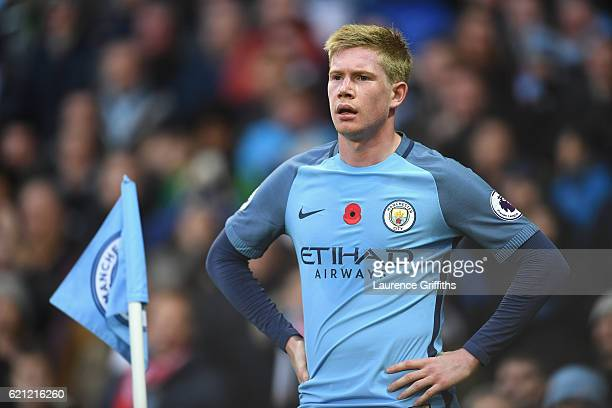 Kevin De Bruyne of Manchester City looks on during the Premier League match between Manchester City and Middlesbrough at Etihad Stadium on November 5...