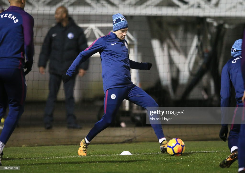 Kevin De Bruyne of Manchester City on the ball during training at Manchester City Football Academy on December 22, 2017 in Manchester, England.