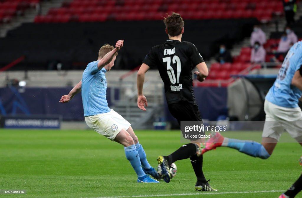 Manchester City v Borussia Moenchengladbach - UEFA Champions League Round Of 16 Leg Two : ニュース写真