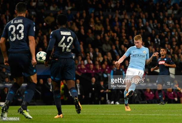 Kevin De Bruyne of Manchester City shoots during the UEFA Champions League group F match between Manchester City and SSC Napoli at Etihad Stadium on...