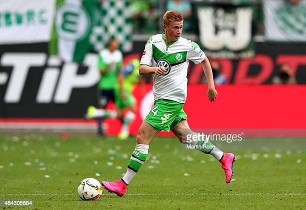 Kevin de Bruyne of Wolfsburg runs with the ball during the Bundesliga match between VfL Wolfsburg and Eintracht Frankfurt at Volkswagen Arena on...