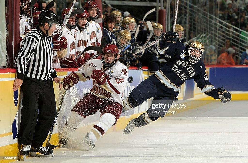 NCAA Frozen Four - Notre Dame v Boston College : News Photo