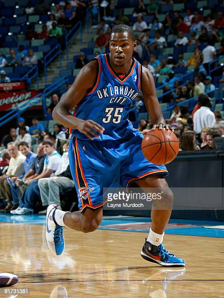 Kevin Druant of the Oklahoma City Thunder drives against the New Orleans Hornets during a preseason game on October 10 2009 at the New Orleans Arena...