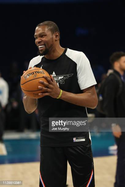 Kevin Durant of Team Lebron warms up before the 2019 NBA AllStar Game on February 17 2019 at the Spectrum Center in Charlotte North Carolina NOTE TO...