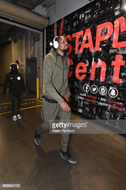 Kevin Durant of the Golden State Warriors arrives at the arena before the game against the LA Clippers on October 30 2017 at STAPLES Center in Los...