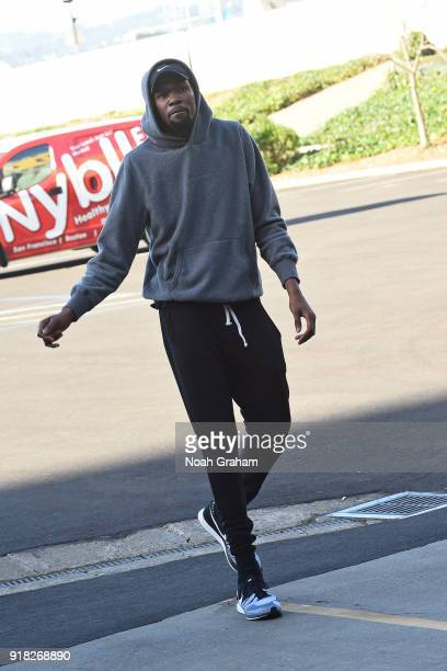 Kevin Durant of the Golden State Warriors arrives at the arena before the game against the San Antonio Spurs on February 10 2018 at ORACLE Arena in...