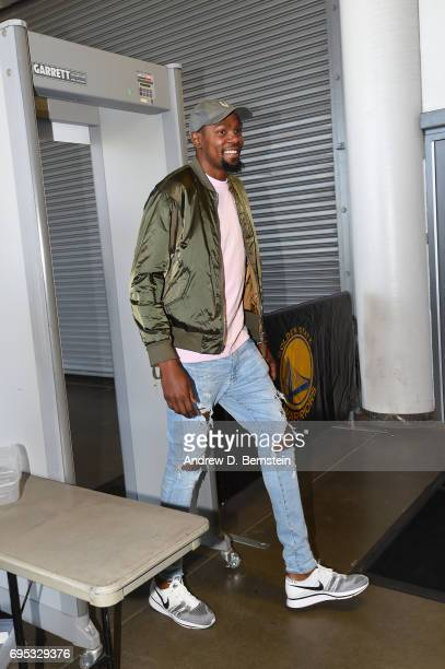Kevin Durant of the Golden State Warriors arrives before Game Five of the 2017 NBA Finals on June 12 2017 at ORACLE Arena in Oakland California NOTE...
