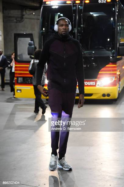 Kevin Durant of the Golden State Warriors arrives before the game against the Los Angeles Lakers on December 18 2017 at STAPLES Center in Los Angeles...