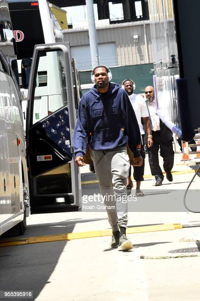 Kevin Durant of the Golden State Warriors arrives before the game against the New Orleans Pelicans during Game Four of the Western Conference...
