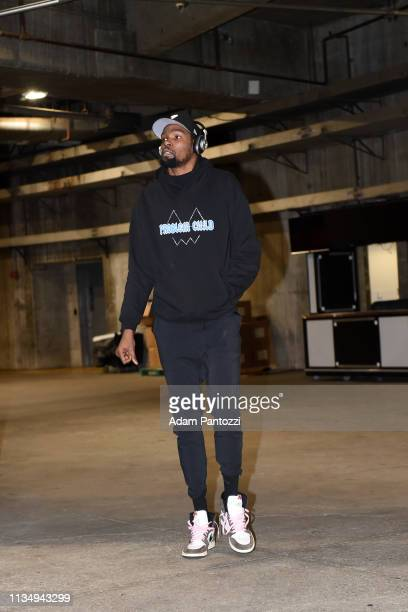 Kevin Durant of the Golden State Warriors arrives prior to a game against the Los Angeles Lakers on April 4 2019 at STAPLES Center in Los Angeles...