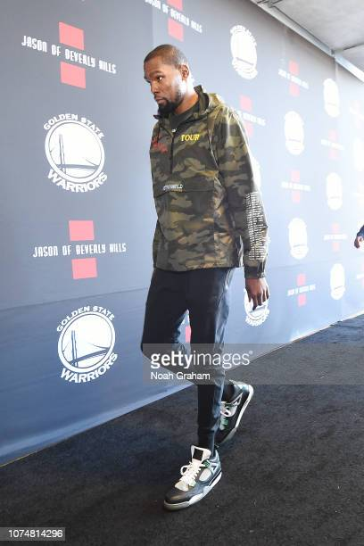 Kevin Durant of the Golden State Warriors arrives to the arena prior to the game against the Los Angeles Lakers on December 25 2018 at ORACLE Arena...