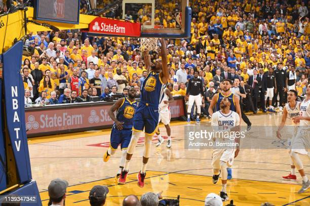 Kevin Durant of the Golden State Warriors drives to the basket during the game against the LA Clippers during Game Five of Round One of the 2019 NBA...